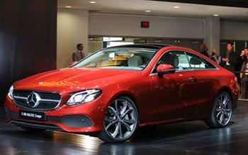 Компания Mercedes назвала российские цены на купе E-Class